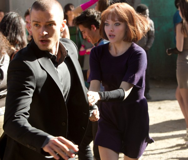 In-Time-movie-image-Justin-Timberlake-and-Amanda-Seyfried-2-600x509