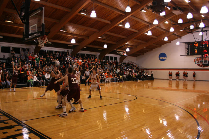 Greenville College hosted  Milken University, Westminster College, and Elmhurst College last weekend. There was over 14 total games played this past weekend. Men's and Women's Junior varsity and varisty teams competed. Image from (Greenville College).