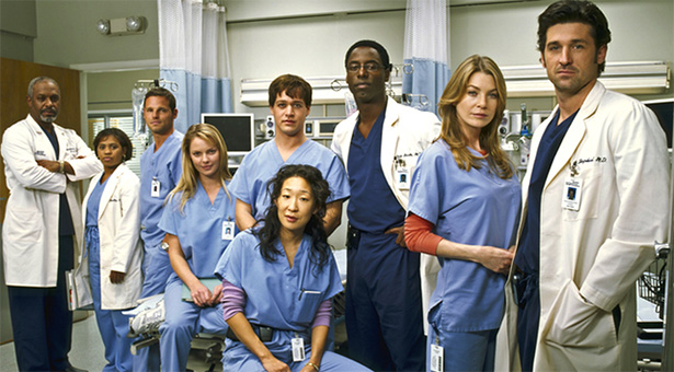 A picture of the original cast of Grey's.